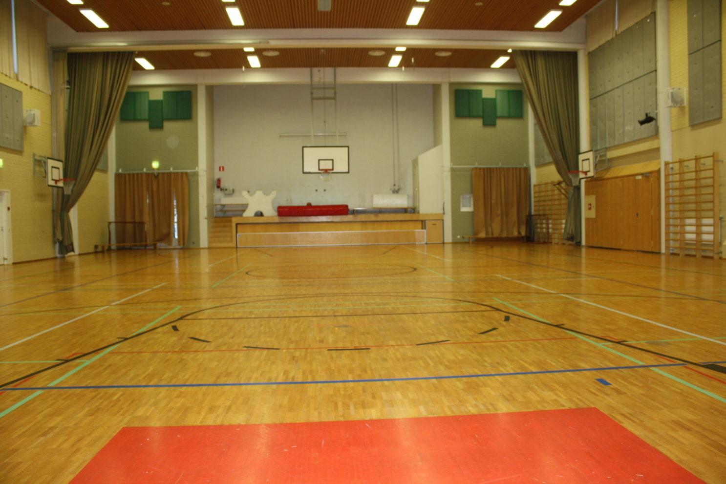 Mäntysalon koulun sali