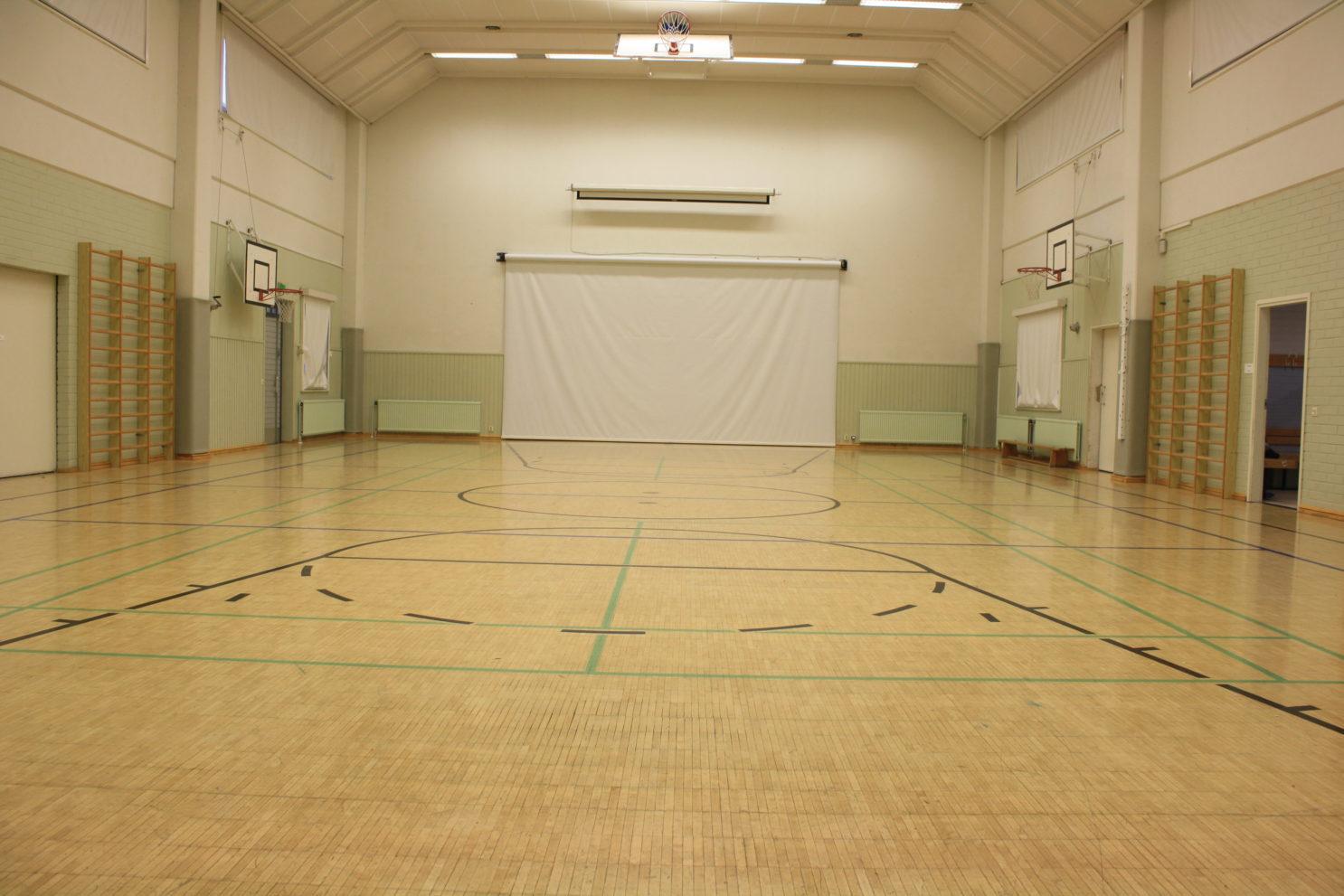 Nukarin koulun sali