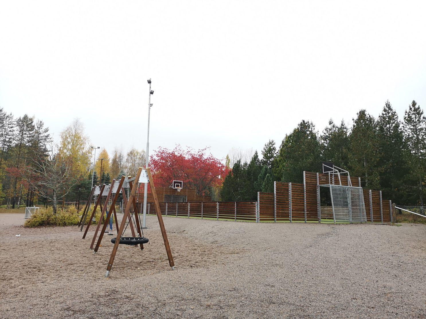 Nukarin koulun lähiliikuntapaikka