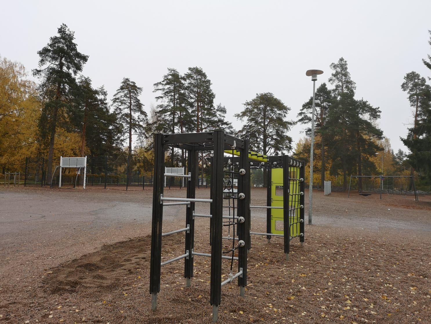 Rajamäen koulun lähiliikuntapaikka